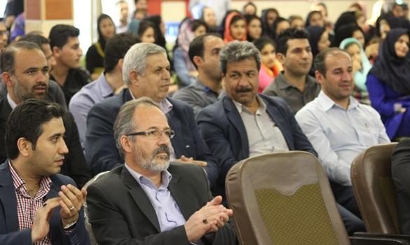 کارمنان صنایع پتروشیمی در بندر ماهشهر ورزش